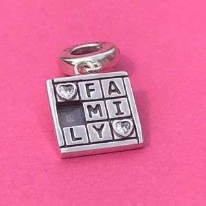 Pandora Family Game Night Charm